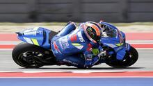 Alex Rins le ganó a Márquez en los últimos metros en Moto GP