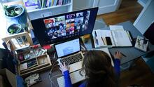 La Federación de Maestros de Illinois pide que el nuevo año escolar empiece con clases en línea