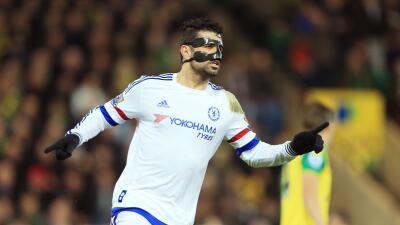 Norwich 1-2 Chelsea: Los 'Blues' pueden con el Norwich y prosiguen su escalada