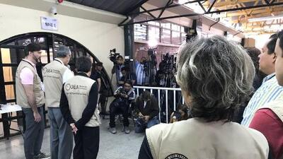 Honduran election result not legitimate, analysts say; OAS calls for new election
