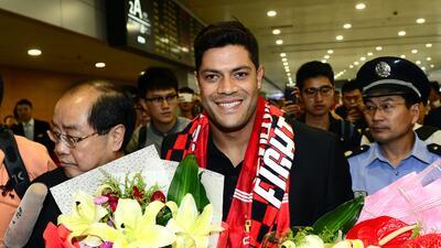 Hulk llega a China para fichar por el Shanghái SIPG