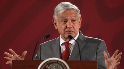 """AMLO dice que México está """"trabajando"""" para frenar el flujo de migrantes pero """"sin violar los derechos humanos"""""""