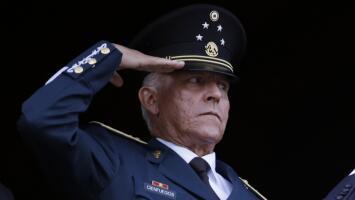 ¿De qué es acusado el exsecretario de Defensa mexicano general Salvador Cienfuegos, detenido en EEUU?