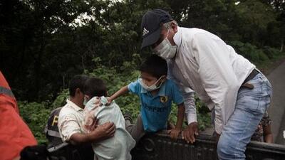 Un grupo de niños quemados por las emisiones del volcán de Fuego en Guatemala serán atendidos en Texas