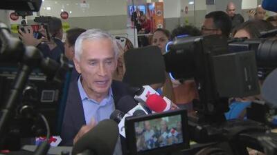 """""""Jamás pensé que Maduro nos detendría por más de dos horas y se robaría nuestra entrevista"""", asegura Jorge Ramos a su regreso a Miami"""