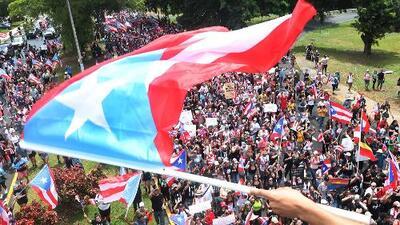 """""""Tenemos que limpiar la casa"""": puertorriqueños celebran la renuncia de Rosselló, pero quieren la salida de más políticos"""