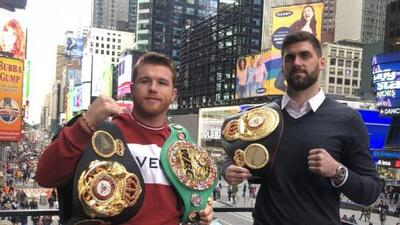 Primer cara a cara entre Canelo y Rocky Fielding en Times Square