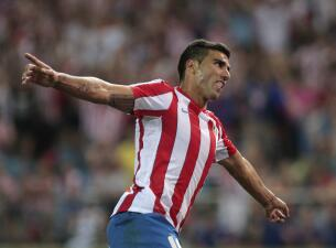 Así le dieron el último adiós a José Antonio Reyes en Sevilla luego de su trágico deceso