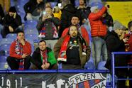 Los fanáticos se vistieron con la fiesta de los partidos de vuelta en los Dieciseisavos de final de la Europa League, los primeros de la jornada. Acá, en GNK Dinamo Zagreb v Viktoria Plzen en Croacia.