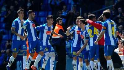 Espanyol 2-1 Athletic Club: El Espanyol remonta en dos minutos y acaricia la permanencia