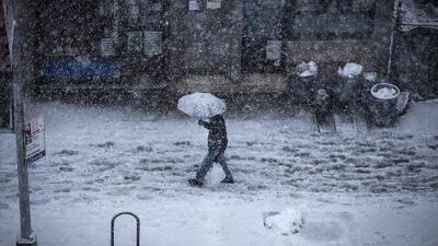 Más de 400,000 personas sin servicio eléctrico por la tormenta invernal