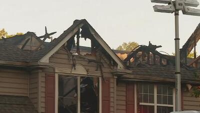 Una persona muere al caer un helicóptero sobre su casa