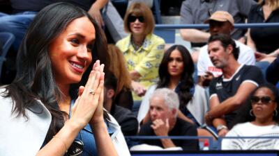 Emocionada, nerviosa y entre amigos: las primeras imágenes de Meghan Markle en el US Open desde Nueva York