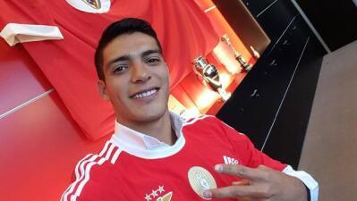 El mexicano Raúl Jiménez es convocado por primera vez por el Benfica