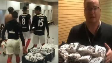 Staff del Corinthians le regala hamburguesas a la plantilla del Deportivo Lara de Venezuela