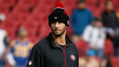 Los 49ers quieren a Colin Kaepernick, pero recibió ofertas de Houston y Cleveland