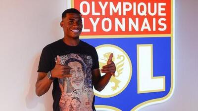 La nueva contratación del Lyon rindió homenaje a Don Ramón en su presentación
