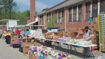 Condado de Wake entrega alimentos y realiza pruebas de covid-19 en Cary