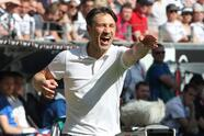 Frankfurt's coach Niko Kovac gestures during the German first division Bundesliga football match Eintracht Frankfurt vs Hamburger SV in Frankfurt am Main, western Germany, on May 5, 2018. (Photo by Daniel ROLAND / AFP) / RESTRICTIONS: DURING MATCH TIME: DFL RULES TO LIMIT THE ONLINE USAGE TO 15 PICTURES PER MATCH AND FORBID IMAGE SEQUENCES TO SIMULATE VIDEO. == RESTRICTED TO EDITORIAL USE == FOR FURTHER QUERIES PLEASE CONTACT DFL DIRECTLY AT + 49 69 650050 (Photo credit should read DANIEL ROLAND/AFP/Getty Images)