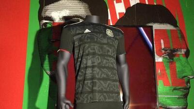 ¡Con la estirpe Azteca! La nueva piel del Tri vio la luz