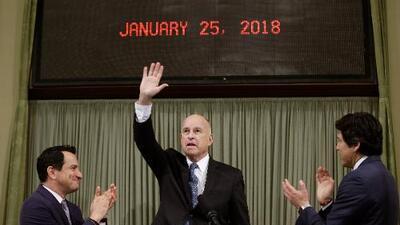 """""""California está marcando el paso para la nación entera"""", el mensaje del gobernador Jerry Brown en su último informe de estado"""