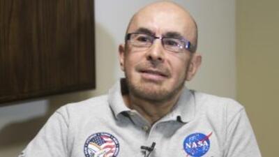 El primer astronauta mexicano, Rodolfo Neri Vela, considera buscar la Presidencia