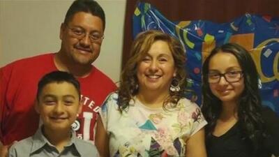 """Exclusiva: """"Regresé a donde nací, pero no conozco nada"""", dice el hispano deportado tras 30 años en EEUU"""