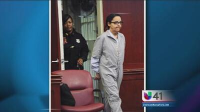 Niñera acusada de matar a puñaladas a dos niños va a la corte