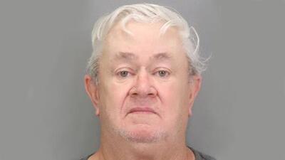 Arrestan a hombre de Missouri que viajó a California para provocar más de 10 incendios el fin de semana