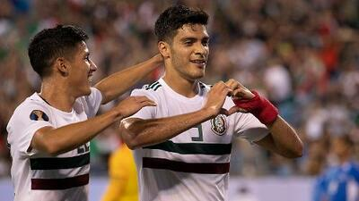 Raúl Jiménez, al Top 10 de mexicanos goleadores en Copa Oro