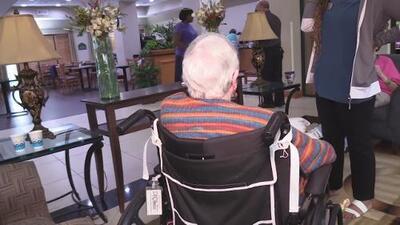 Grupo de 80 ancianos evacua las Carolinas y se traslada al sur de Georgia