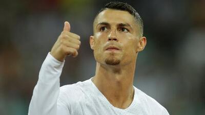 Cristiano Ronaldo, el filántropo: llevó abrazos y regalos a niños de un hospital en Portugal