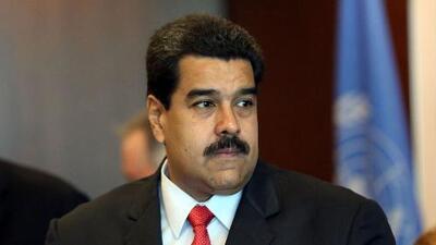 El autor de 'El Dictador y sus Demonios' viaja a India para reconstruir la visita de Maduro buscando a Sai Baba