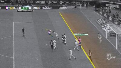 Pulido estaba en posición adelantada en el empate de Chivas