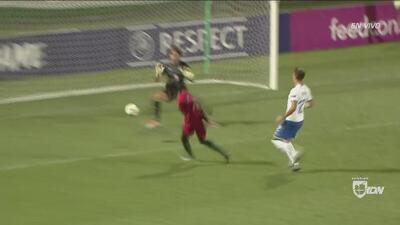 ¡Una moto para la zaga italiana! A puro galope, Correia delinea la goleada 3-0 ante Italia