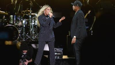 Dos jóvenes hispanos de Florida ganan becas por 100,000 dólares en un concierto de Beyoncé y Jay Z