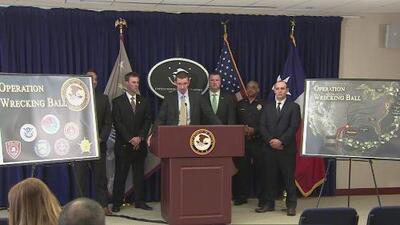 Operativo federal en Texas termina con el arresto de 48 personas presuntamente vinculadas al Cártel del Golfo