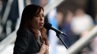 Procesan a Cristina Fernández y a su ministro de Economía por presuntas irregularidades en el Banco Central