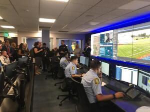 """Nuevo Comando Central de la Policía de las Escuelas de Miami-Dade: incluye """"Sistema de Detección de Disparos"""""""