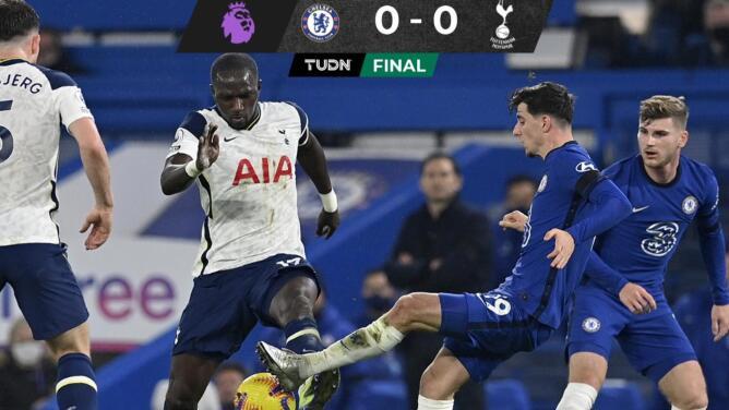 Tottenham retiene el liderato de la Premier League