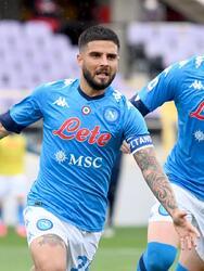 Napoli se impone a la Fiorentina en su visita con un marcador de 2-0, durante la Jornada 37 en la Serie A. Las anotaciones fueron por parte de Lorenzo Insigne al minuto 56 y el segundo tanto fue un autogol de Lorenzo Venutti durante la segunda mitad del encuentro. Hirving Lozano ingresó al campo al minuto 80.