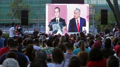 López Obrador fue el centro de las críticas de los candidatos en el primer debate presidencial en México