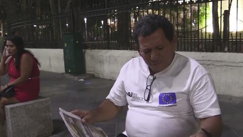 Inmigrantes salvadoreños comparten sus experiencias tras ser deportados de EEUU