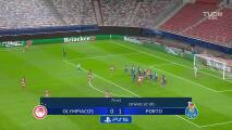 ¡Gol del Porto! Mateus Uribe puso el 0-2 en Grecia