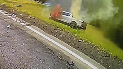 La valiente acción de un agente que salvó a un conductor de morir calcinado dentro de su vehículo