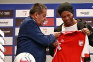 Ronaldinho es presentado con el Independiente de Santa Fe