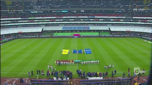 Así cantaron México y Panamá su respectivo Himno Nacional
