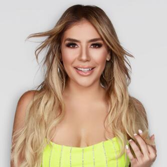 Evelyn  Sicairos