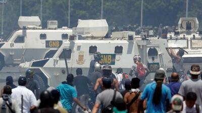 Más de 50 heridos por las protestas en Venezuela son atendidos en un centro de salud cerca de Altamira