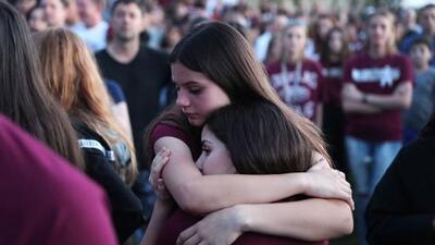 La policía investiga la muerte de un segundo sobreviviente del tiroteo de Parkland en una semana